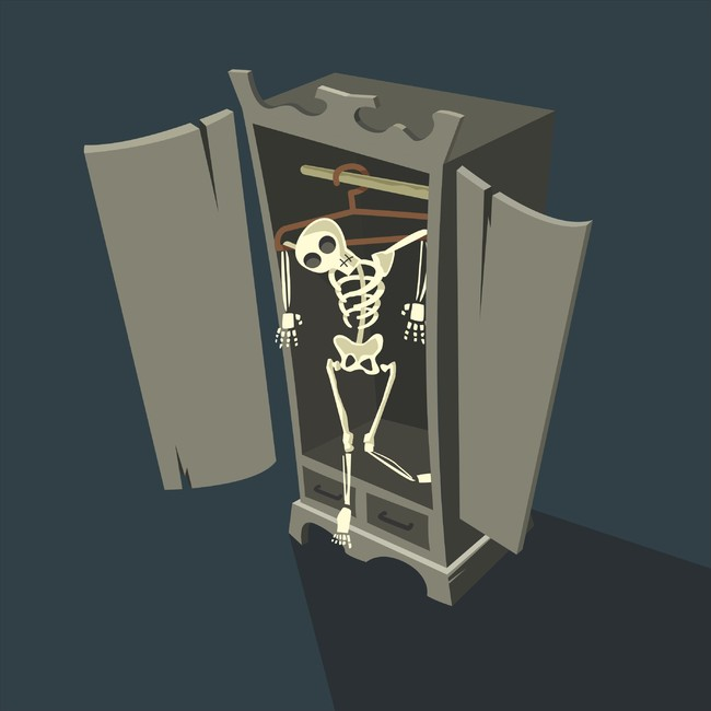 10. У каждого взрослого есть скелеты в шкафу